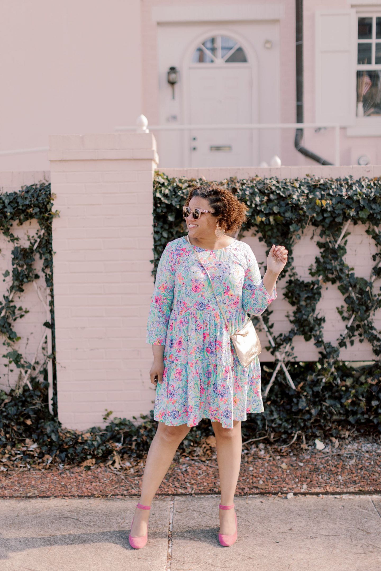 Lilly Pulitzer New Arrivals by popular Kentucky fashion blog, Really Rynetta: image of a woman wearing a Lilly Pulitzer Geanna swing dress and pink suede block heel shoes.